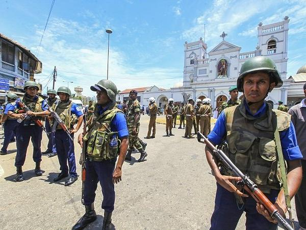 Nationwide curfew, ban on social media after multiple blasts in Sri Lanka, over 160 dead