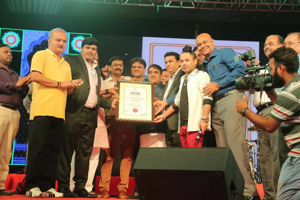 Harsh Sanghavi of Surat (Gujarat) gets registered in World Book of Records, London