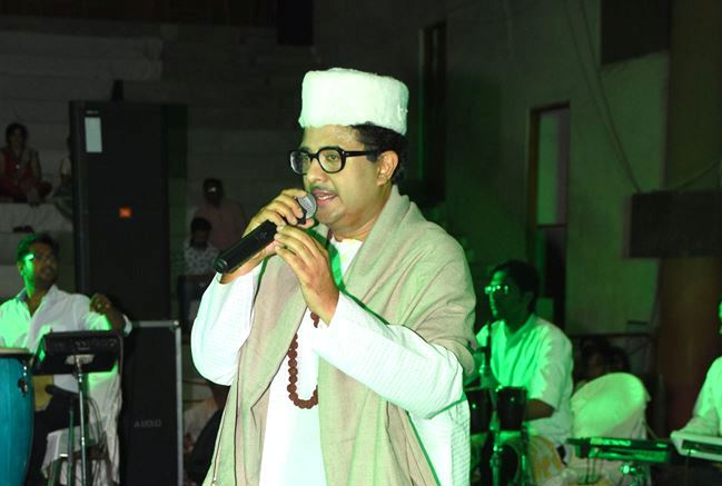 Chintan Bakiwala Spellbinds the Audience through of Kishore Kumar's Songs