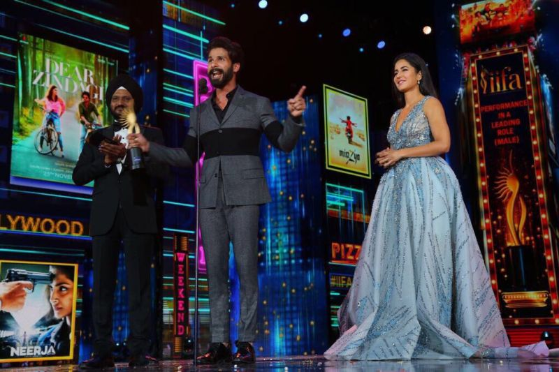 IIFA 2017: Alia Bhatt, Shahid Kapoor win Best Actors for Udta Punjab