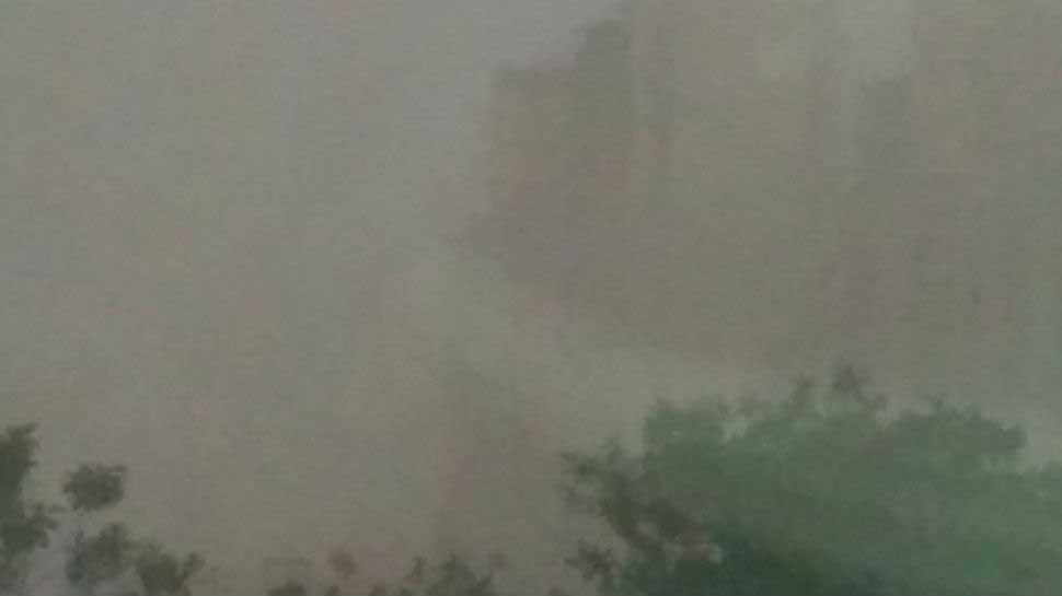 Sudden weather change in Delhi-NCR, dust storm in parts of national capital