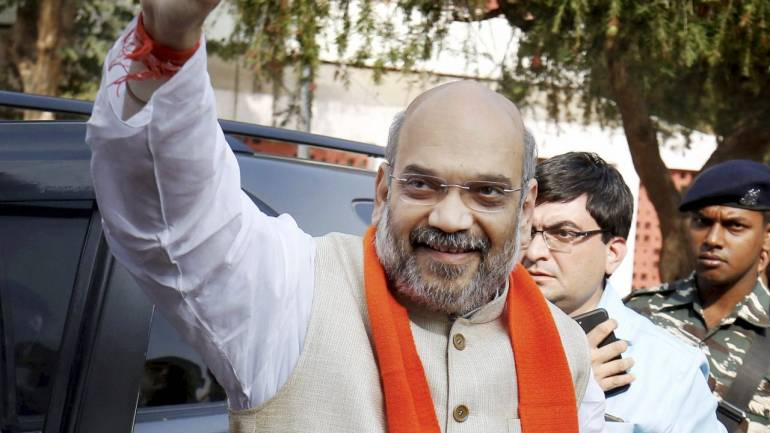 After early scare, BJP set to romp home to victory in Gujarat