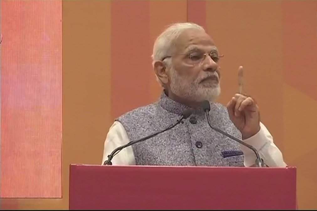 'Ease of Doing Business' means ease of living: PM Modi