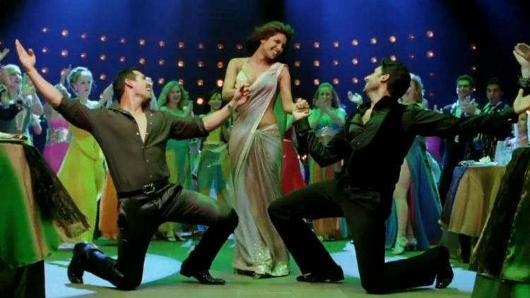 Priyanka Chopra celebrates nine years of 'Dostana'