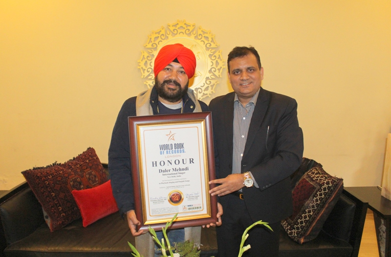 International Singer Daler Mehndi    gets honoured in World Book of Records, London