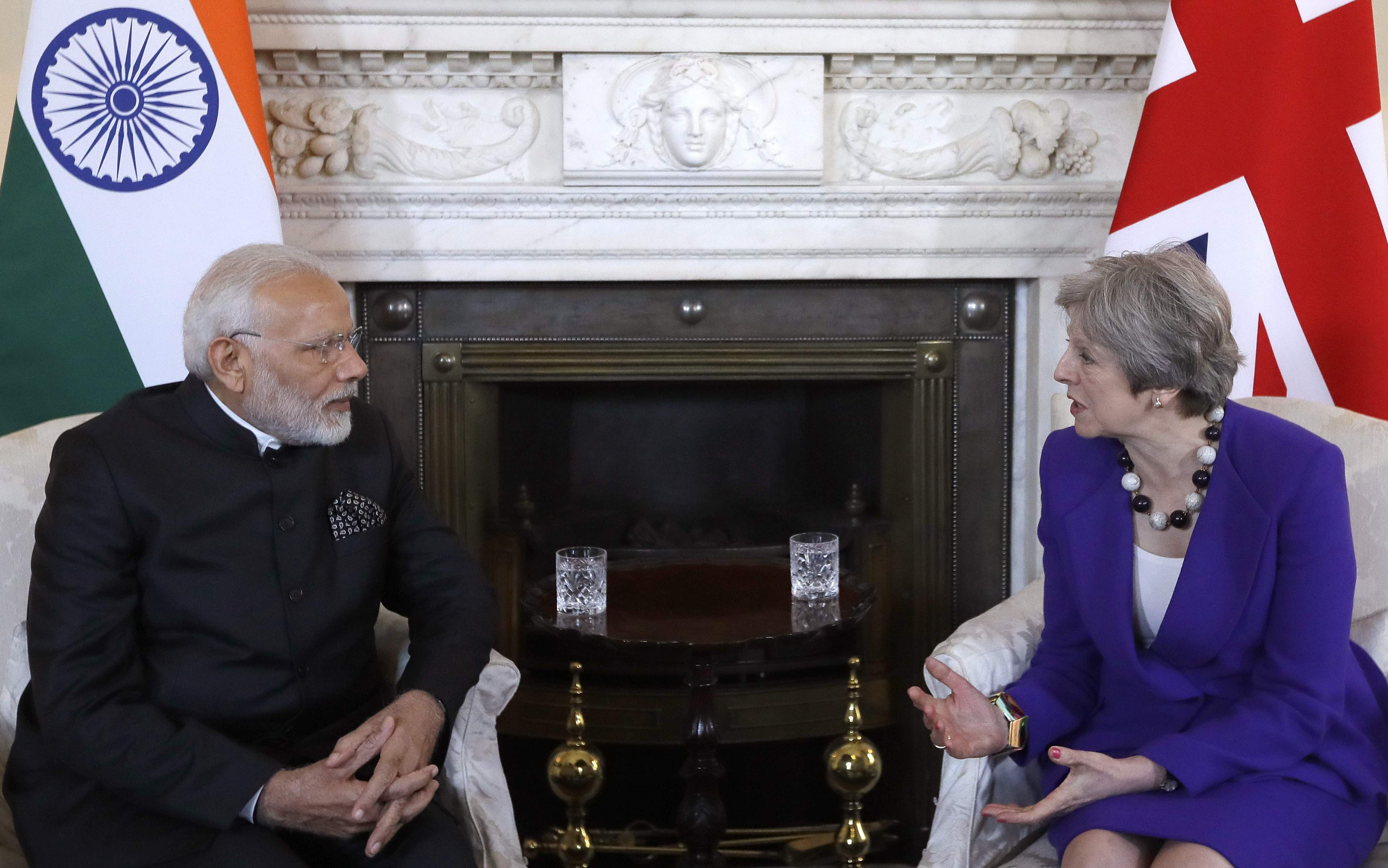 PM Modi meets Theresa May