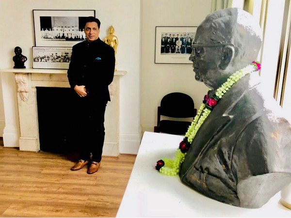 Madhur Bhandarkar visits Ambedkar's House in London on his Jayanti