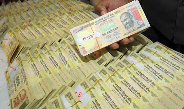 Ban cash transactions of above Rs 3 lakh to curb blackmoney : SIT