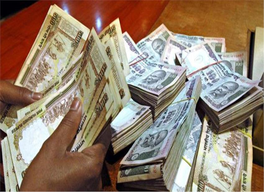 To clamp down on black money, government set to ban cash transactions over Rs 3 lakh