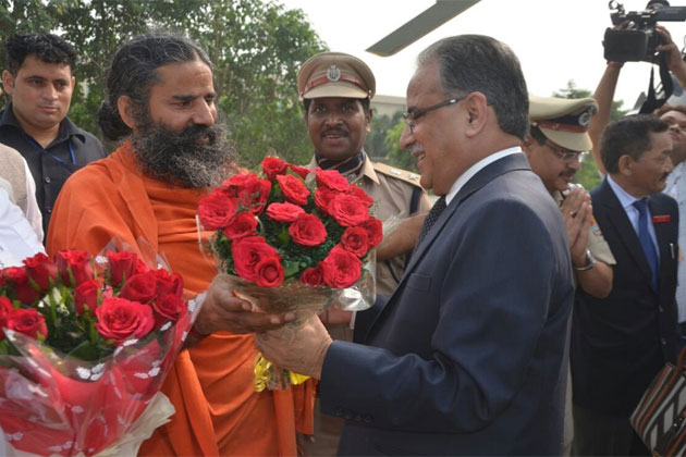 Ramdev to set up Patanjali food park, school in Nepal