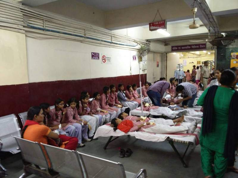 300 girl students taken ill due to chemical leakage in Delhi