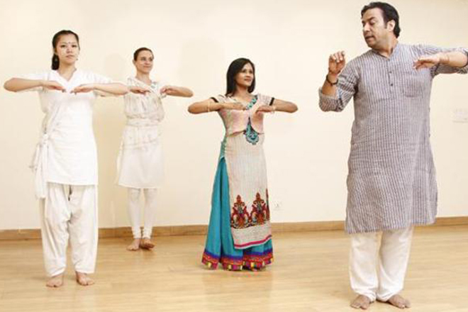 Foreigners throng Capital to learn Indian classical dance forms