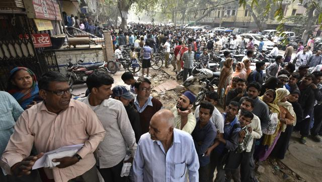 On Day 3, Anger, Chaos On Currency Ban As Banks Struggle To Dispense Cash