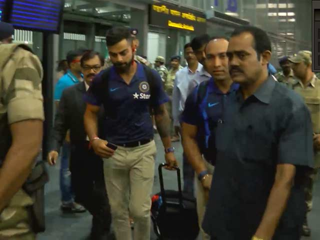 India and Australia arrive in Kolkata for 2nd ODI