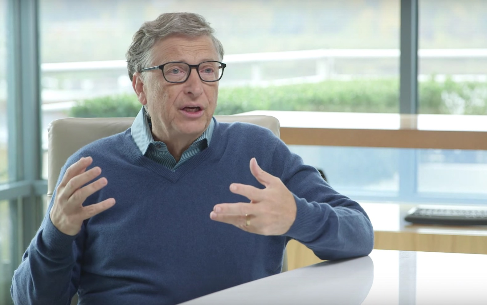 Aadhaar doesn't pose any privacy issue and is worth emulating: Bill Gates