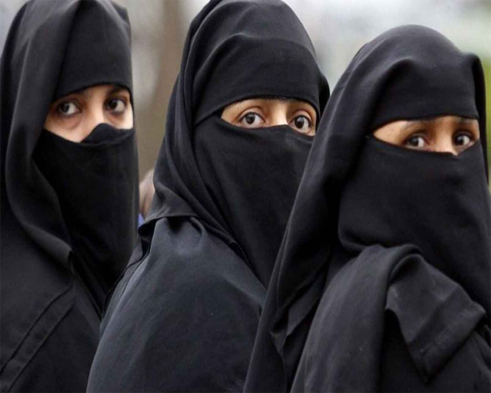 Cabinet clears ordinance to make triple talaq penal offence: Law Minister