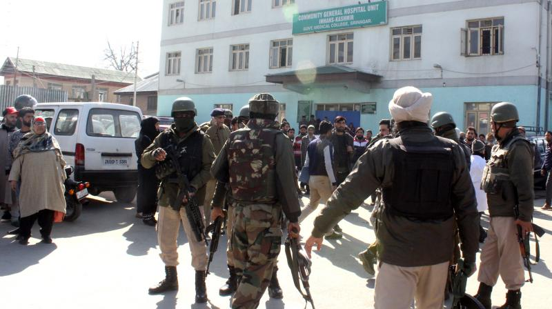 Arrested Lashkar terrorist opens fire at police in Srinagar hospital, one cop dead