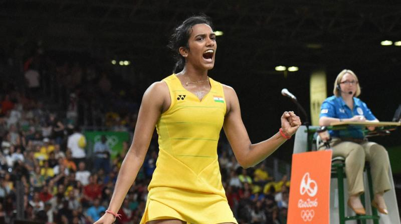 Sports fraternity hails PV Sindhu for winning silver at World Badminton Championship