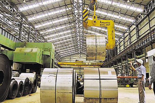 Manufacturing growth in May slowest in 5 months: PMI