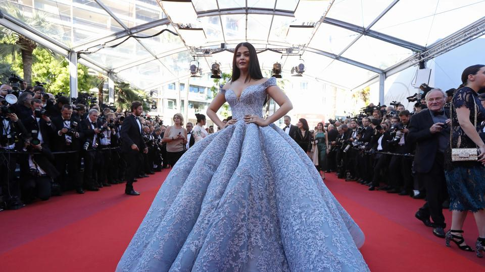 Cannes 2017: Aishwarya Rai Bachchan's Cinderella moments on the red carpet is magical