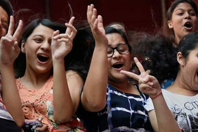 CBSE class 10th results 2016 declared; with 96.36% pass percentage, girls outshine boys