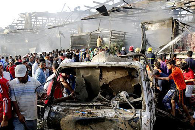 Bombing in Pakistan wounds 3, including Chinese national
