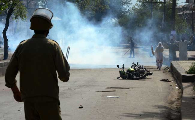 2 Killed In Fresh Clashes In Kashmir, Civilian Deaths Rise To 78