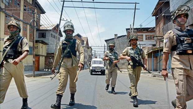 Curfew reimposed in many parts of Kashmir