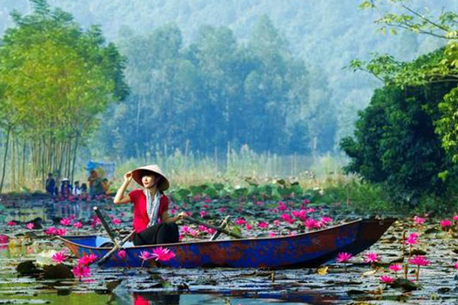 Want to travel on a shoestring budget? Look no further than Hanoi