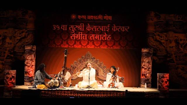Mumbai's only American bansuri player on his love for classical ragas