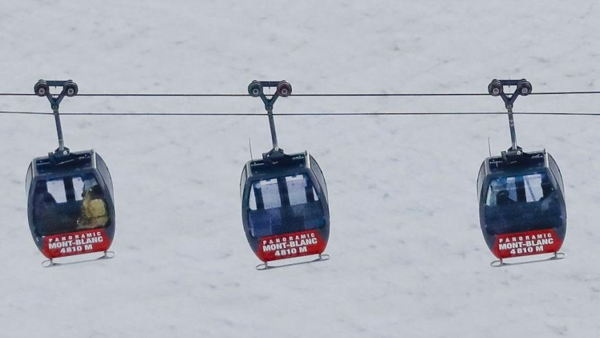 Tourists, trapped in Mont Blanc cable car overnight, rescued