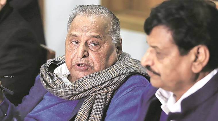 SP braces for show of strength as Mulayam, Shivpal will meet EC over party symbol