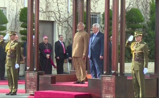 Historic visit to Palestine will lead to stronger ties, tweets PM Narendra Modi