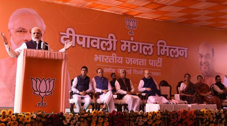 PM Modi calls for debate on internal democracy in parties, praises media for its support to Swachh Bharat