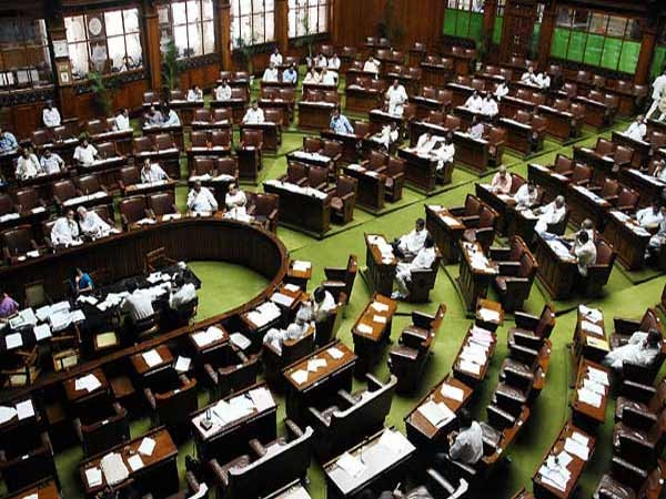Congress stages walkout from LS over PM Modi's Pak meeting remark