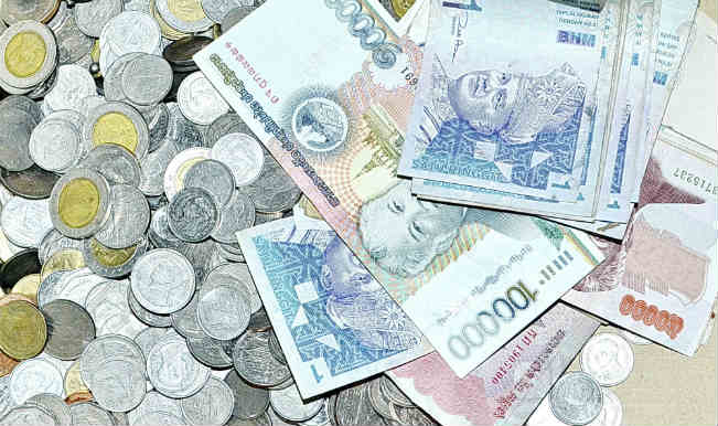 Rupee recoups 7 paise against dollar