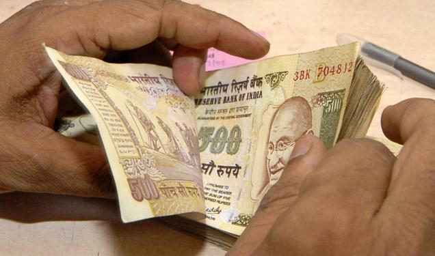 Demonetisation: Rs 50,000 per week withdrawal from overdraft accounts allowed; farmers can buy seeds with old Rs 500 notes