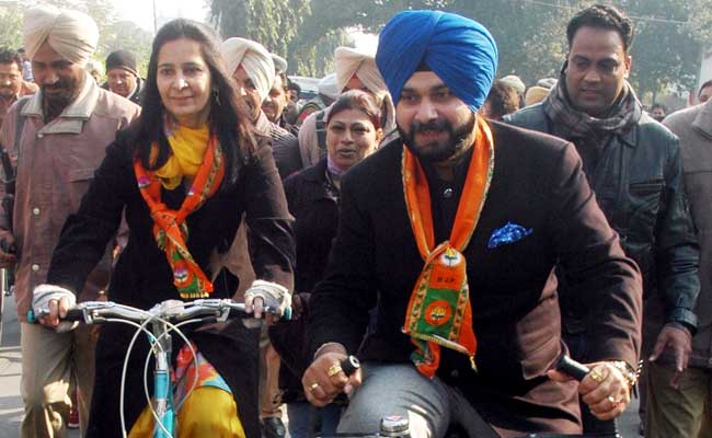 BJP Loses Navjot Singh Sidhu, Keeps His Wife - For Now
