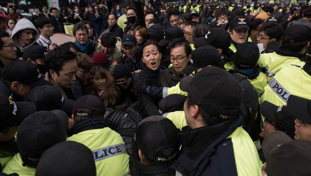 Tens of thousands to demand South Korean prez quit amid scandal