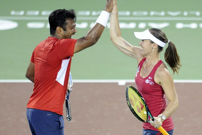Leander Paes-Martina Hingis, Sania Mirza-Ivan Dodig pairs ease into 2016 French Open pre-quarters